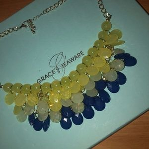 Tri-colored layered necklace